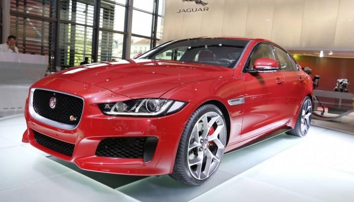 jaguar xe startet mit 200 ps bei 36 450 euro tuningcar. Black Bedroom Furniture Sets. Home Design Ideas