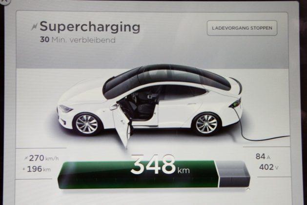 Tesla Model S 007