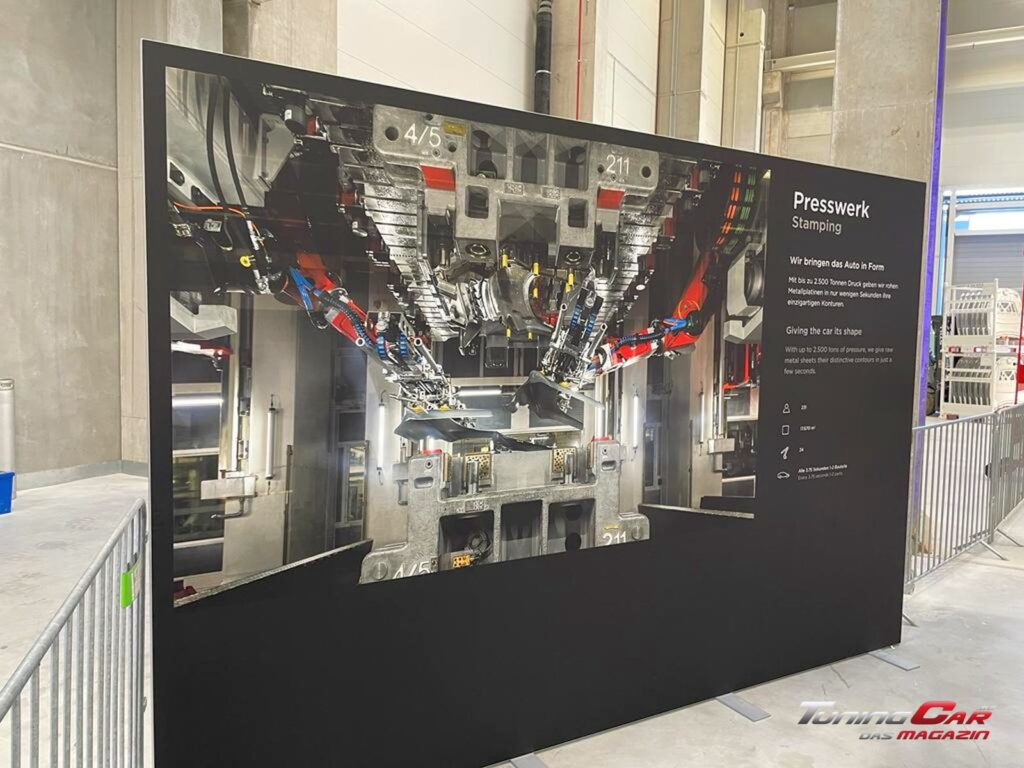 Tesla Gigafactory 10