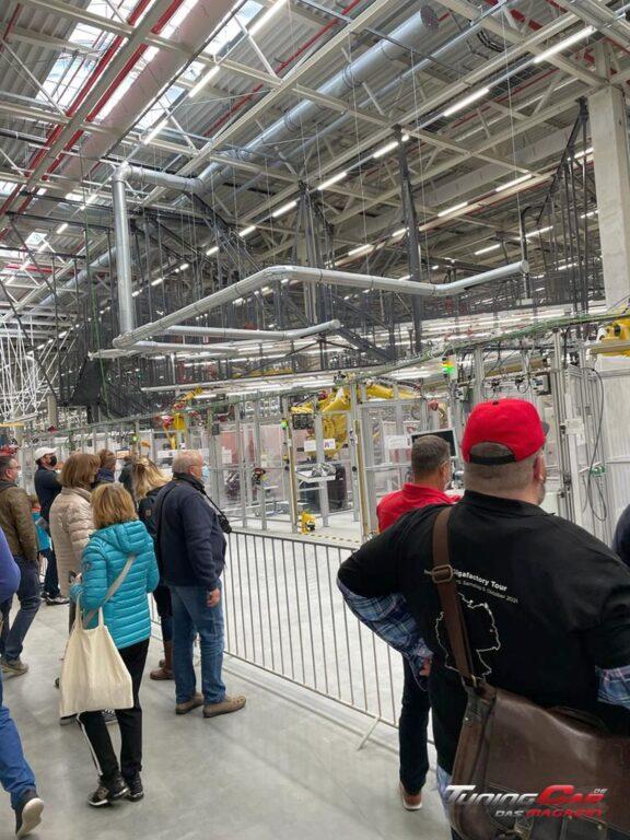 Tesla Gigafactory 17
