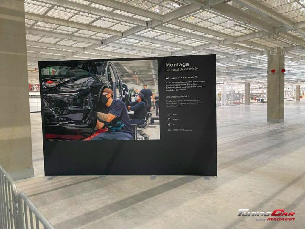 Tesla Gigafactory 22