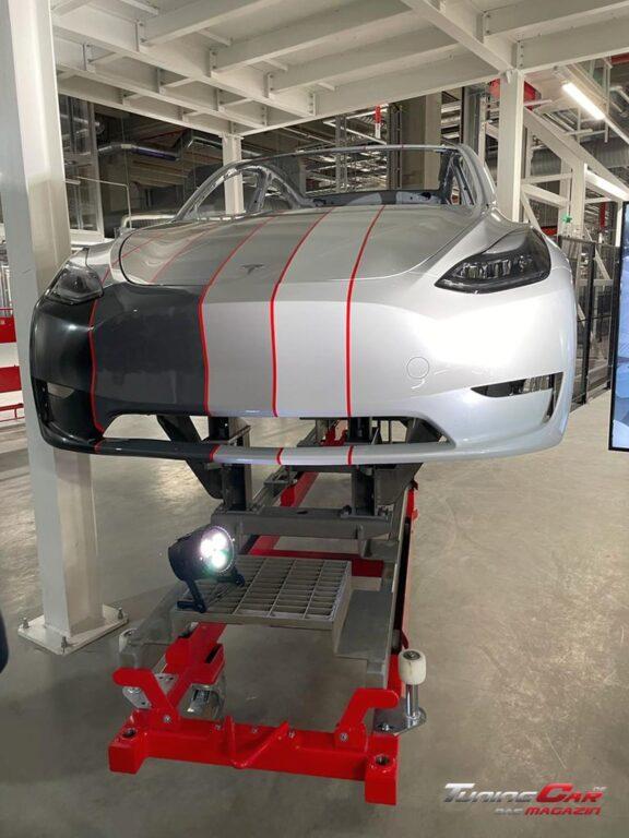 Tesla Gigafactory 32
