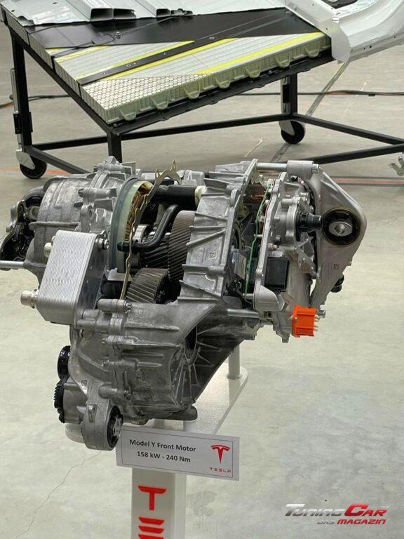 Tesla Gigafactory 44