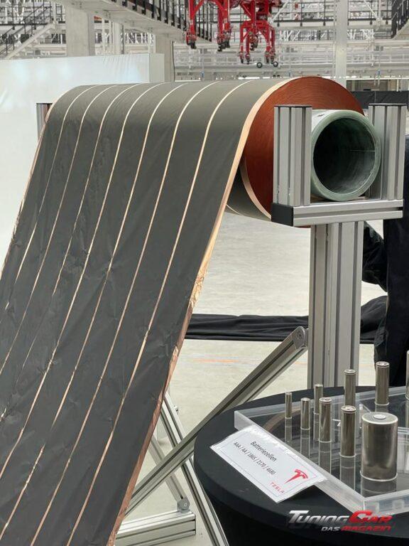 Tesla Gigafactory 47