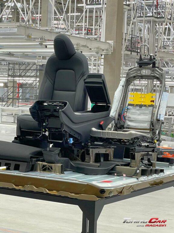 Tesla Gigafactory 51
