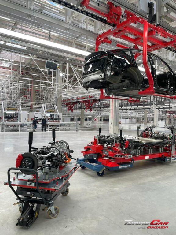Tesla Gigafactory 52