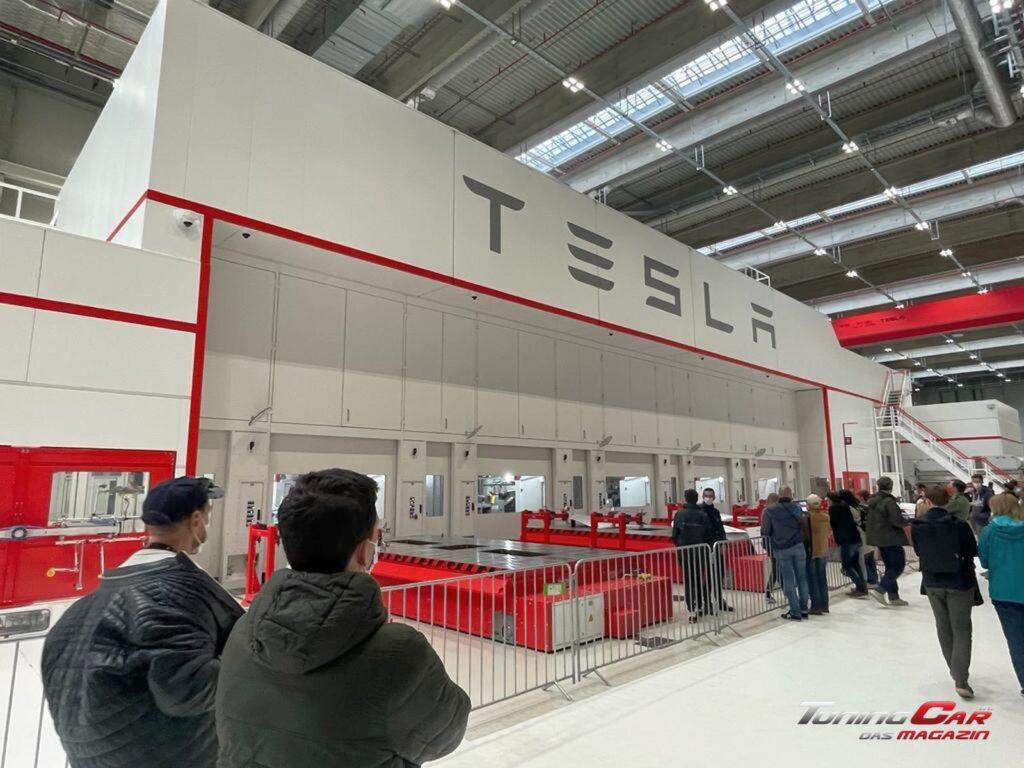 Tesla Gigafactory 6